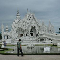 white tempel