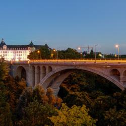 Luxemburg Stad - Vallée de la Pétrusse - La Pont Adolphe