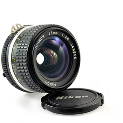 Nikon 28mm F/2.8 Ais MF