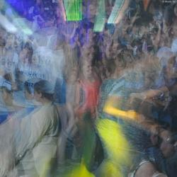Feest in discotheek