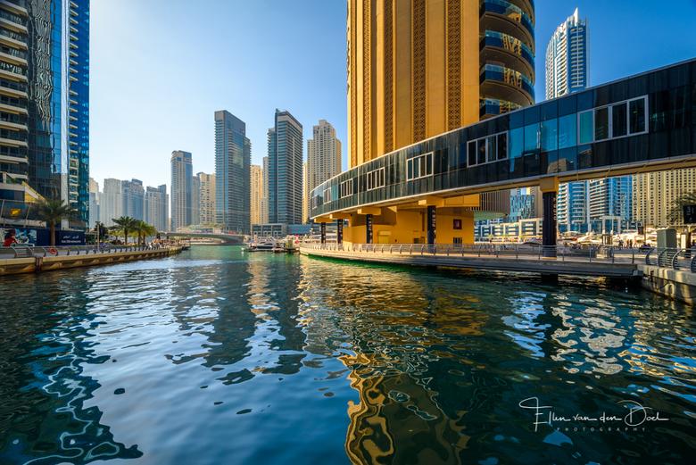 """Dubai Marina - De aangelegde """"jachthaven"""" van Dubai, Dubai Marina, vond ik een heerlijke plek om zo maar lekker te slenteren en genieten van"""
