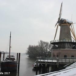 12-02-2017 Sneeuw landschap.