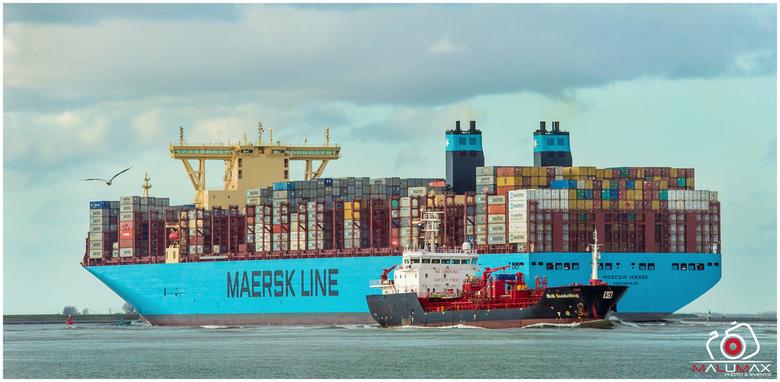 Moscow maersk & Stoltz - Moscow Maersk één van de grootste drijvende kathedralen