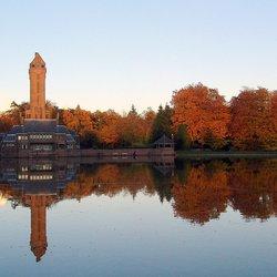 jachthuis in herfstkleuren