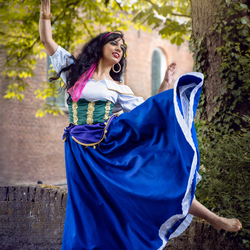 Esmeralda dans