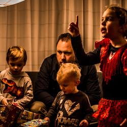 Gedraag je altijd, Sinterklaas ziet alles!!!