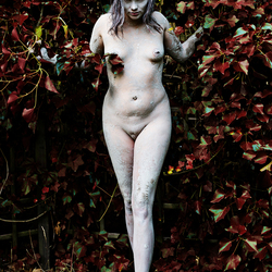 Lilith in the Garden of Eden 3
