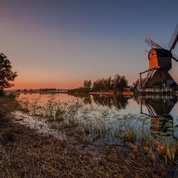 Calm morning in Kinderdijk