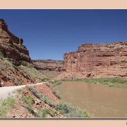 Langs de Colorado River
