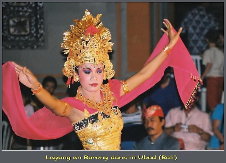 Traditionele dans op Bali - In 2005 zijn we naar Bali geweest.<br /> In het plaatsje Ubud is heel veel te doen, te zien en te beleven.<br /> Van leu