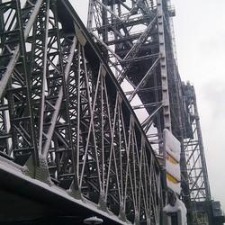 oude spoorbrug van het Noorde eiland naar Rotterdam Zuid of andersom.