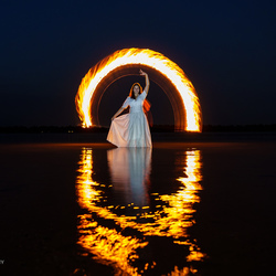 lightpainting with fire