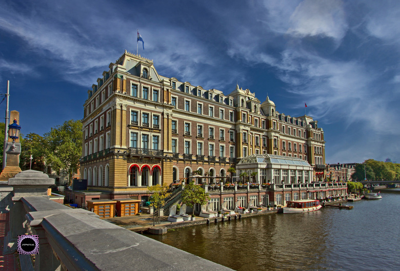 Amstel Hotel, Amsterdam - ISO100; f11; 1/160sec;