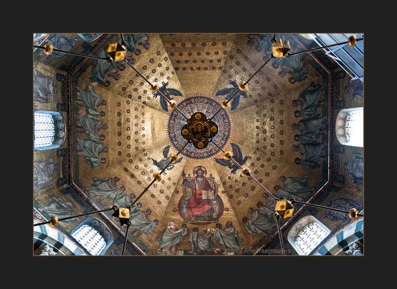 Aken Dom5 - Aken, de Dom.<br /> Prachtige kerk en dito plafond.!<br />