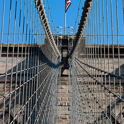 Zonnige Brooklyn Bridge