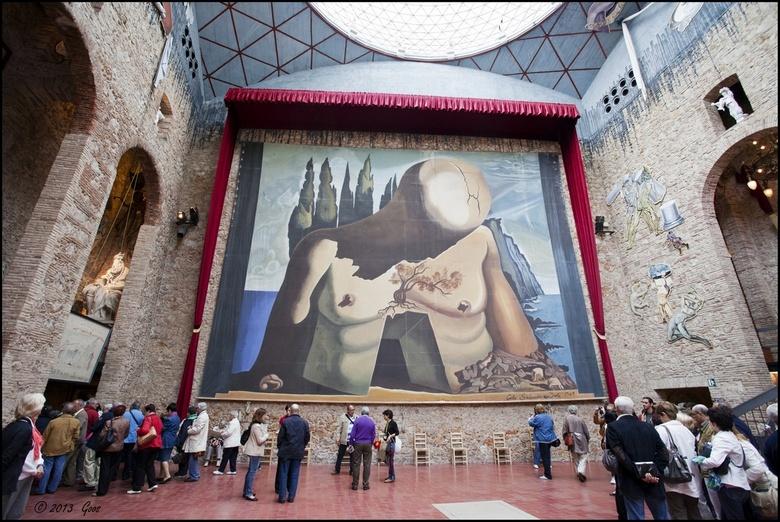 Salvador Dali 01 - Net een dag over de Spaanse grens  was het eerste wat we bezocht hebben het museum van Salvador Dali in Figueres, noordoost Spanje.