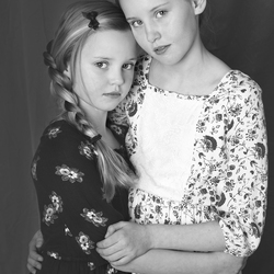 Sisterly beauties