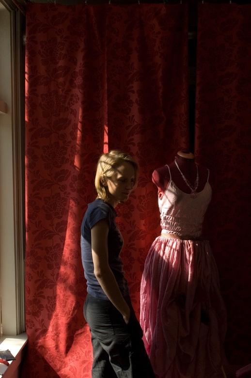 Acteur en Kostuum - Het maken van een kostuum voor een toneelstuk.