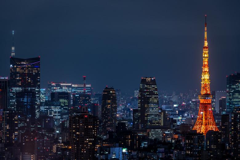 Tokyo Views - Vanaf Ebisu Garden Place hadden we een prachtig uitzicht op de Tokyo Tower. Een uitzicht dat nooit gaat vervelen.