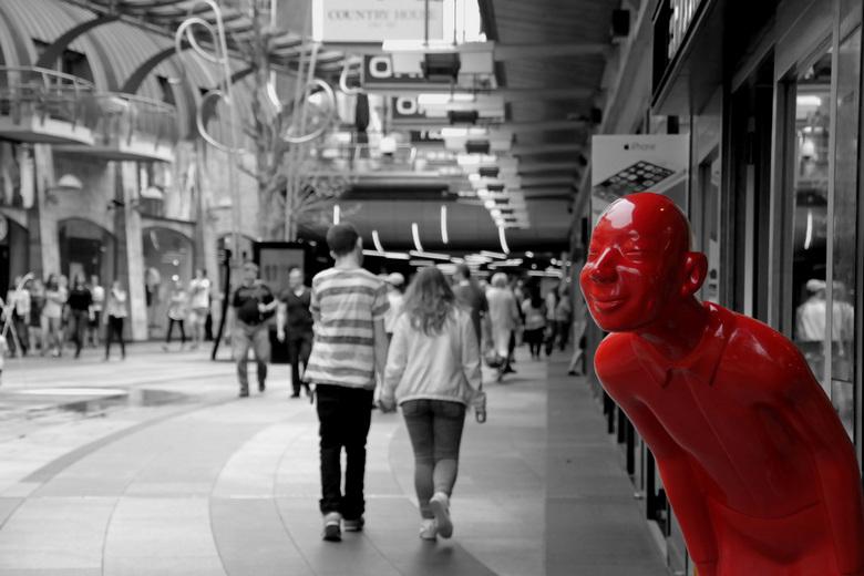 Rotterdam Centrum - Te vinden in het winkelcentrum van Rotterdam.