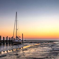 Vlak voor zonsopkomst haventje Cocksdorp