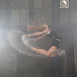 Ballerina Lena tijdens fotoshoot met Jim de Sitter