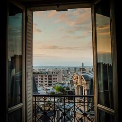 een uitzicht naar parijs