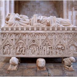 Graftombe van Ines de Castro in de kerk van Alcobaça