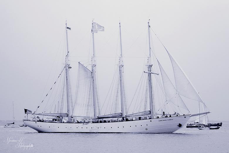 Sail De Ruyter Vlissingen. - De Santa Maria Manuela.<br /> tijdens de vlootschouw langs de vlissingse boulevard.