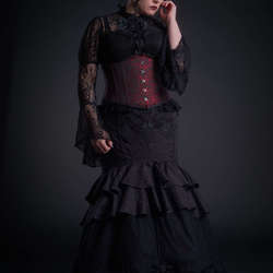 Gothic Lady (II)