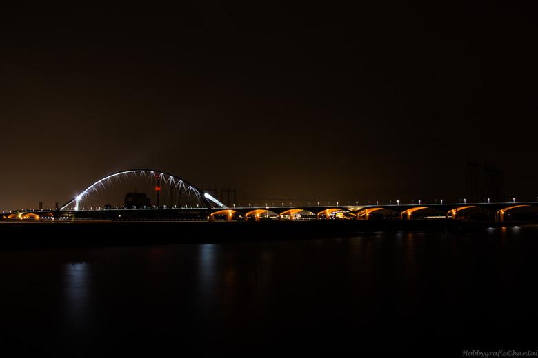 Nijmegen by night