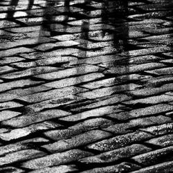 Noir et blanc pavé de réflexion