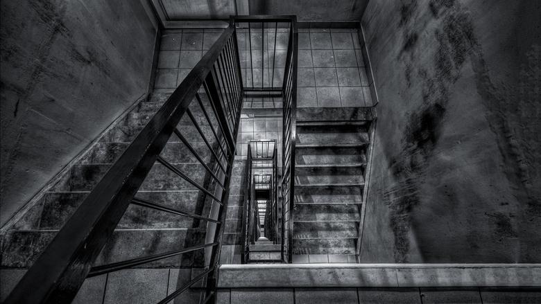The 13th floor - Tijdje terug was er een brandje in het trappenhuis van mijn flat, mooie gelegenheid voor een wat spooky foto.<br /> <br /> Bedankt