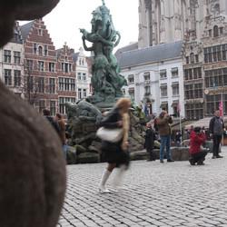 Dansend op het plein