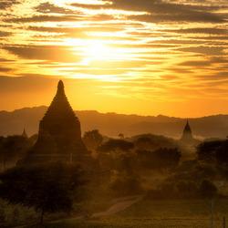 Bagan Gold Sky