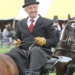 Genieten van paardensport op 70 jarig leeftij