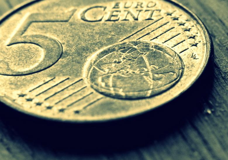 Groot geld - Een close-up gemaakt van een 5 eurocent. Zo wordt kleingeld ineens best groot!