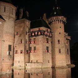 kasteel de Haar bij nacht