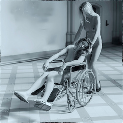 nurse with psychiatric patient