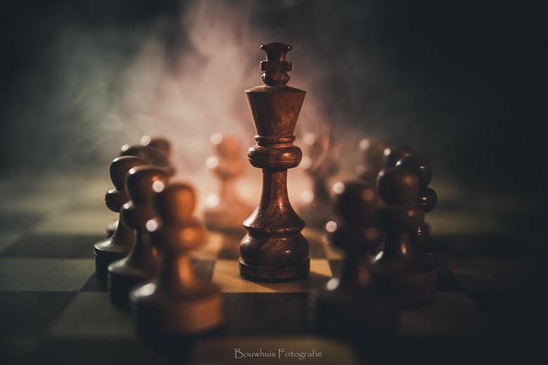 The King's Gambit - Naar aanleiding van de serie een thuisprojectje gedaan met wat schaakstukken...