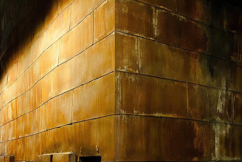 The Wall - Een opslagtank in de Centrale van Peenemunde