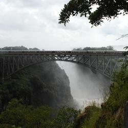 Trein op brug over Zambezi rivier