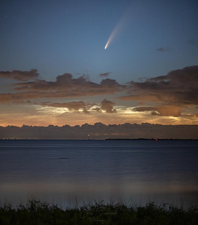 Komeet Neowise en NLC's - Wát. Een. Nacht....<br /> <br /> Gisteravond na m&#039;n avonddienst eropuit gegaan om komeet Neowise te fotograferen. Een