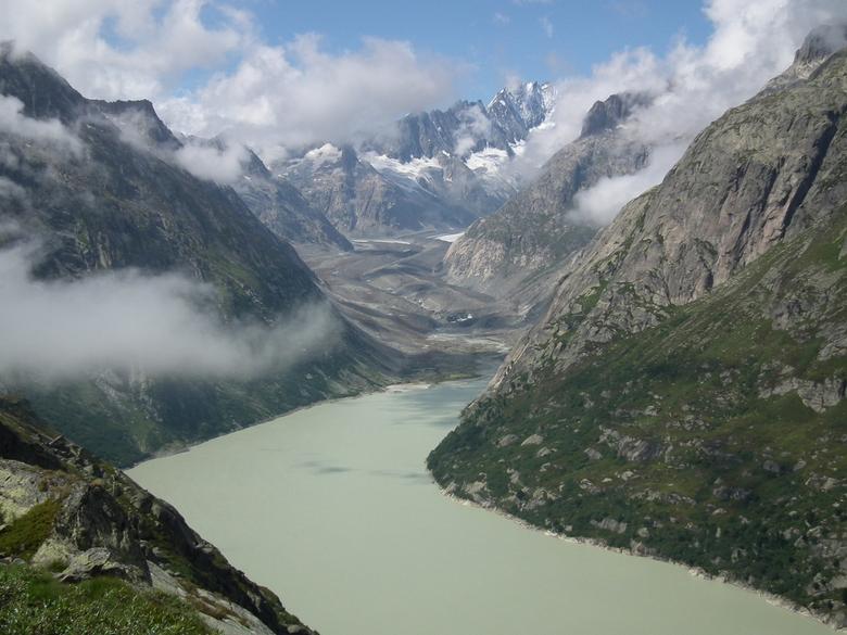 Grimselsee - Omdat we nu niet reizen: eentje uit de oude doos. De Grimsel Pass in Zwitserland is een prachtige bergweg.Wij sloegen daar rechtsaf naar
