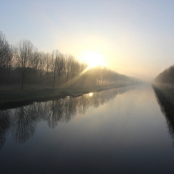 Zonsopkomst boven Almere