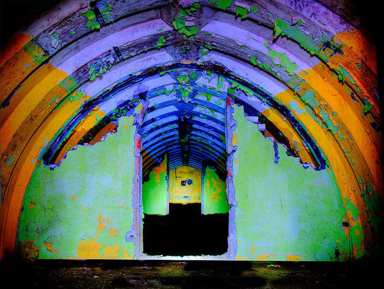 Kleur - Kleur in de bunker van Wilkocin Polen.<br /> for more look at http://www.f-a-p.nl