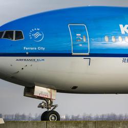 Boeing 777-206 - KLM