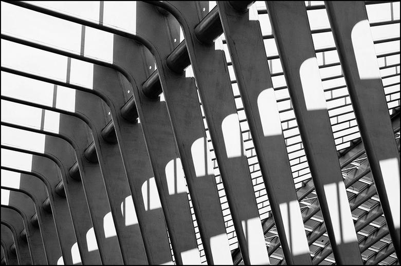 Artistieke architectuur 34 - Het spelen met composities is iets dat interessant is, maar tegelijkertijd ook best wel vermoeiend. Want die zoektocht na