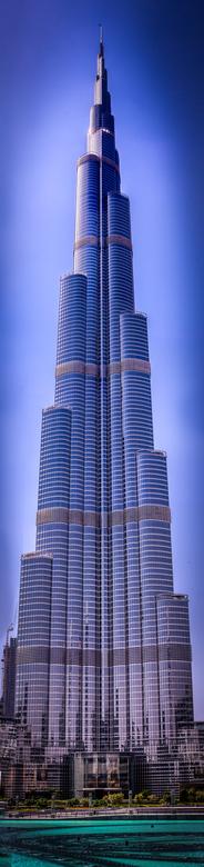 Panorama Dubai Burj Khalifa  - Panoramafoto, samengesteld uit 9 verschillende opnames van het hoogste gebouw ter wereld (de Burj Khalifa in Dubai). <b