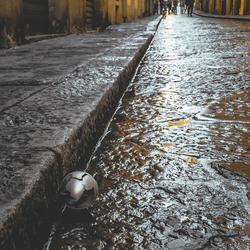 Metal Ball Florence